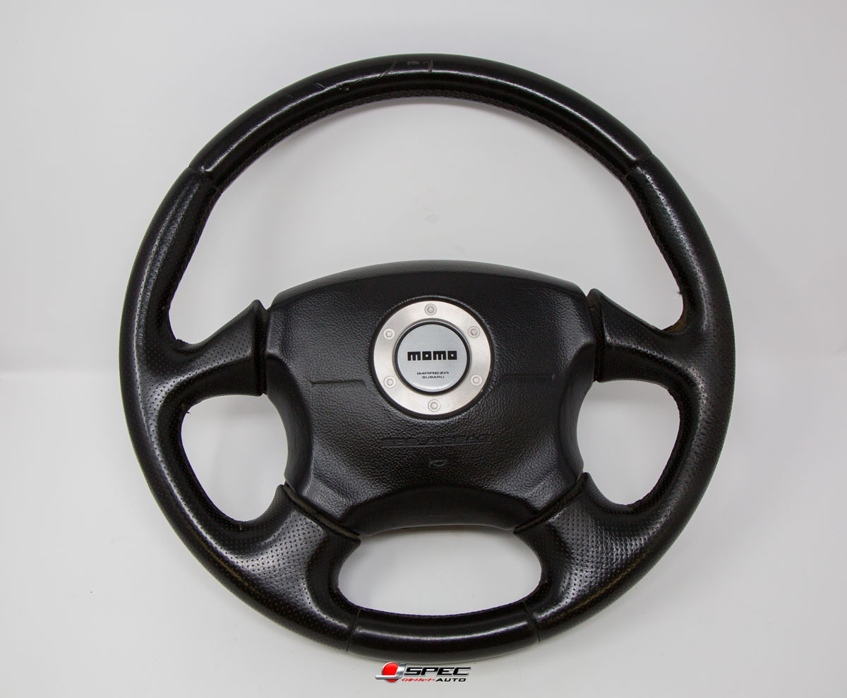 jdm subaru impreza wrx version 7 momo steering wheel. Black Bedroom Furniture Sets. Home Design Ideas