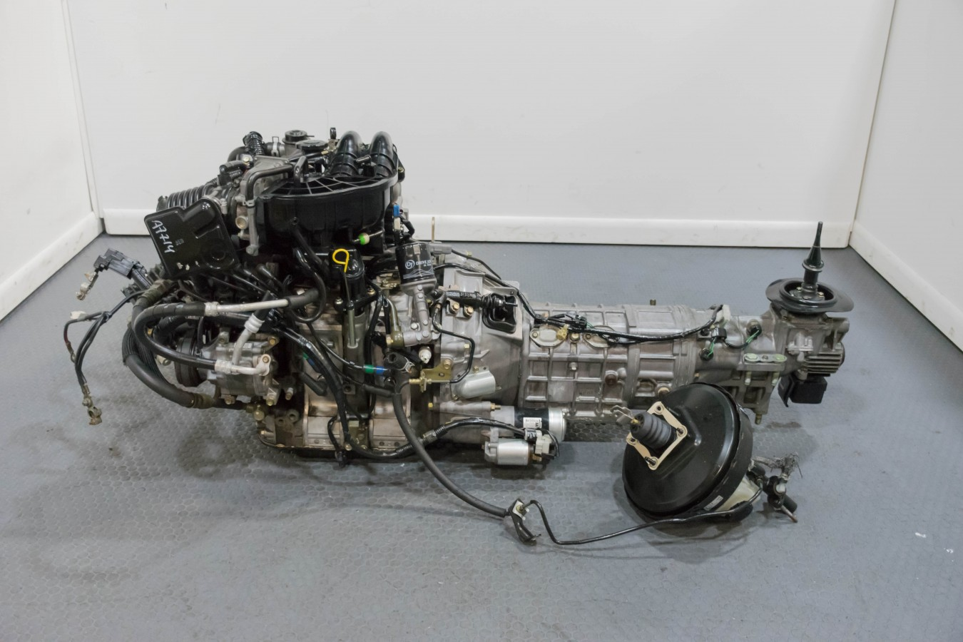 Used Mazda RX7 13B 6 Port Engine with Transmission and Oil Cooler, on