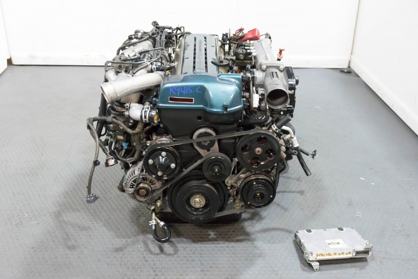 Toyota 2JZ-GTE VVTi Engine with Auto Trans ECU Harness for Aristo, Supra,  IS300, etc Low Miles